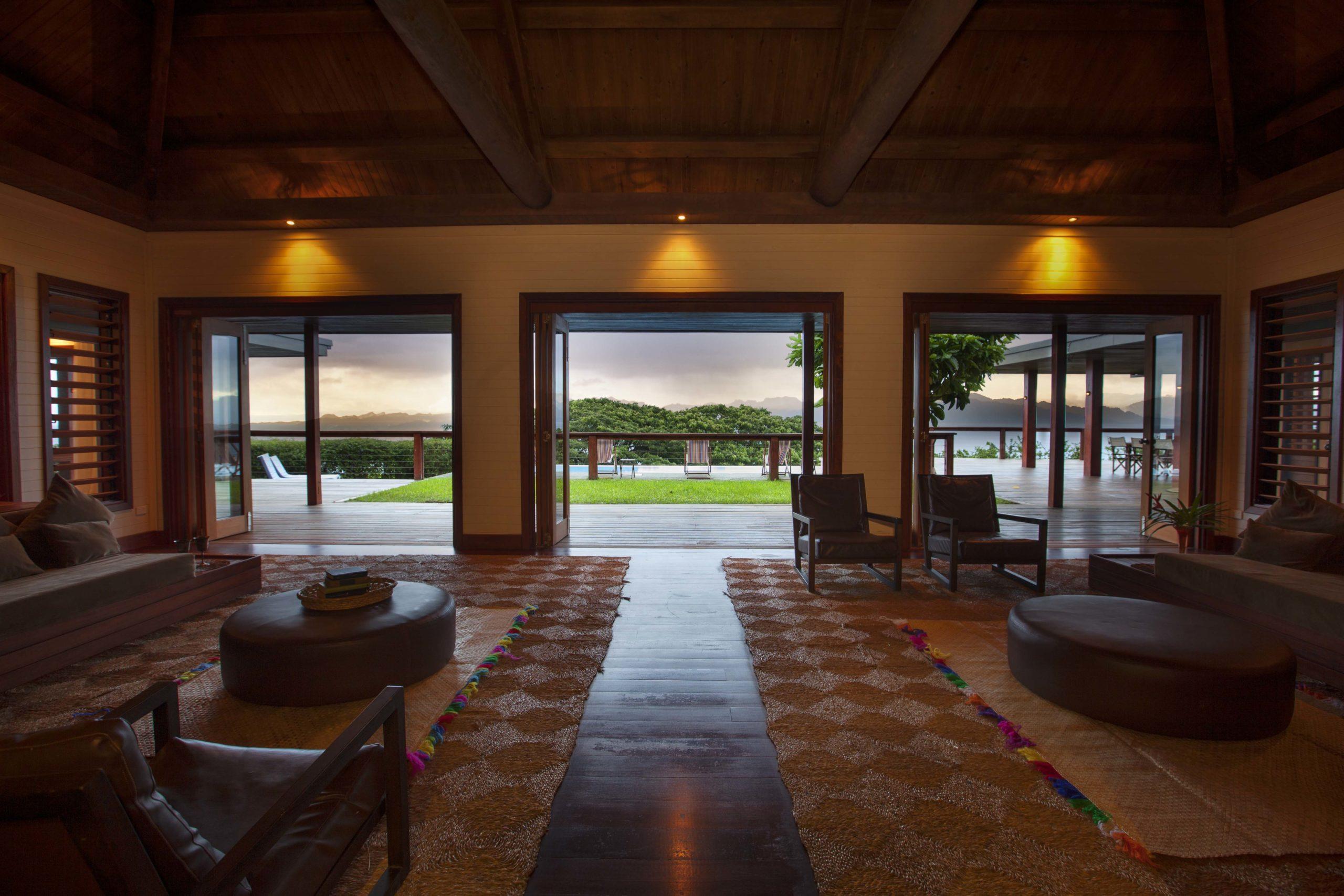 Stillness-Tavola-Fiji-lounge