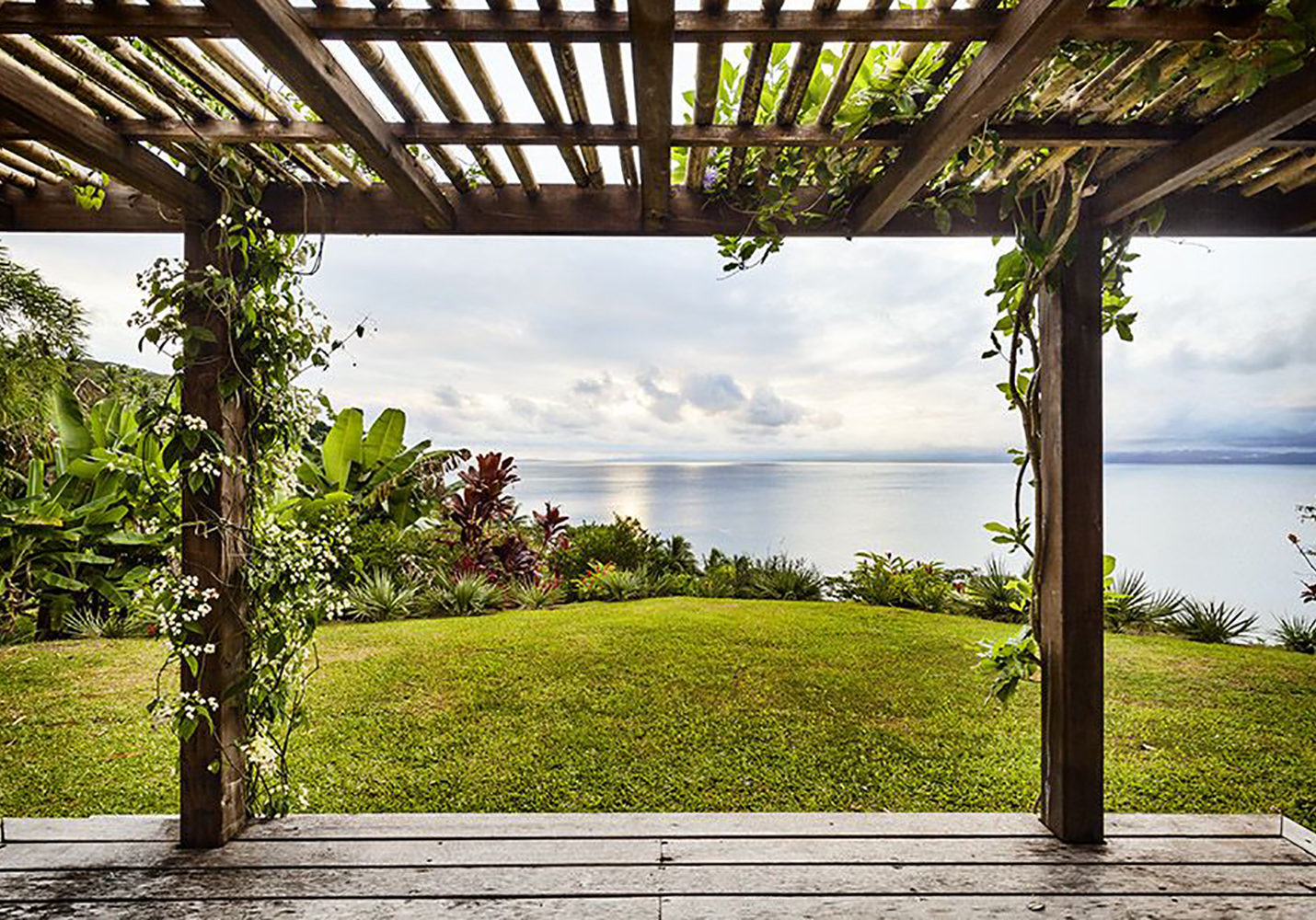 Stillness-Fiji-retreat-bungalow